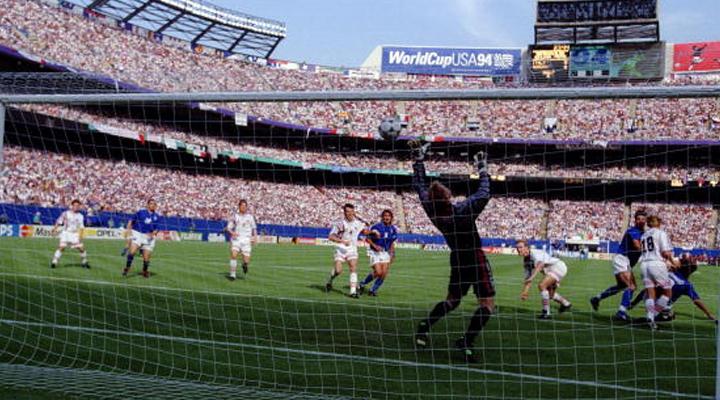 23 GIUGNO 1994 | Nel segno di Baggio: Roby esce, Dino segna